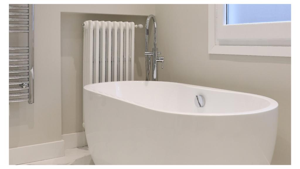 Reformas de baños pequeños. distribuciones y diseños adaptados